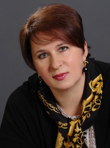 ЯКОВЛЕВА Елена  Вячеславовна, ректор Киевского института  бизнеса и технологий,  академик, кандидат  философских наук.