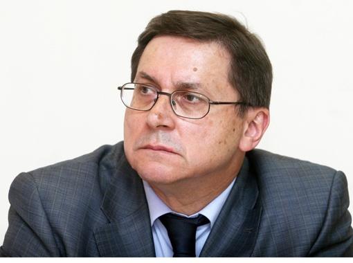 Тимофеев Владимир Иванович, зам. первого проректора и начальник учебно-организационного управления Национального технического  университета