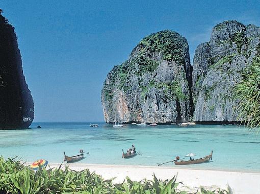 Пляжи Азии привлекают туристов экзотикой и низкими ценами.