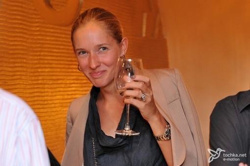 Катя пила до дна. Фото: tochka.net.