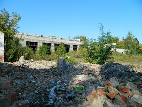 Руины машзавода.