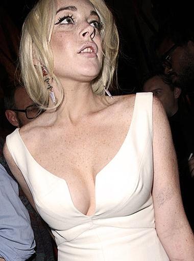Актриса обычно пренебрегает нижним бельем и обходится без него. Фото Radaronline.com.