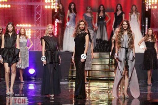 В этом году Эвелина принимала участие на конкурсе красоты Мисс Украина 2011. Фото: tsn.ua