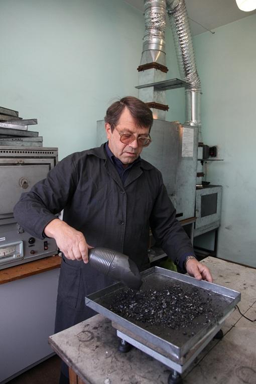 Владимир Батраков нормативы проверки угля выполняет