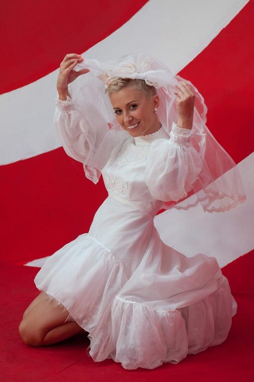 Неужели Тоня скоро наденет свадебное платье не в шутку, а по-настоящему?. Фото канала