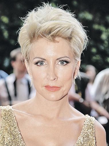 ...а вот вторая жена - бывшая модель Хизер Миллс, несмотря на ангельскую внешность, изрядно потрепала нервы экс-битлу.