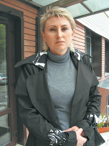Для Оксаны Бойченко настоящая мука каждый день по пути на работу проезжать мимо злополучного переезда.