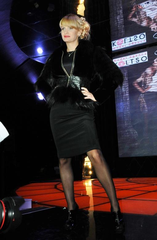 Юлия Пятова. Пиджан Ferre, платье Ричмонд, обувь Ричмонд.