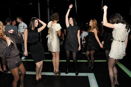 После показа были танцы