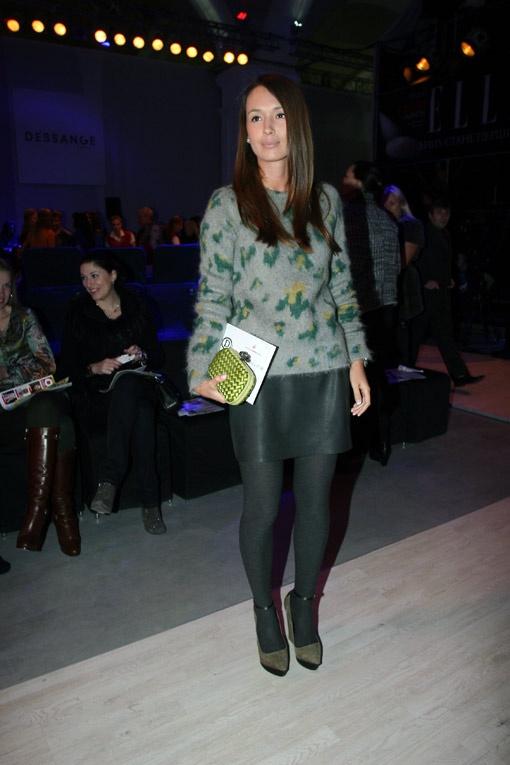 Елизавета Ющенко изучала модные тенденции без супруга.