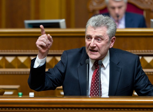 По словам народного депутата Юрия Болдырева, реакция Запада на уголовное преследование Тимошенко - лишь эмоции. Фото УНИАН.