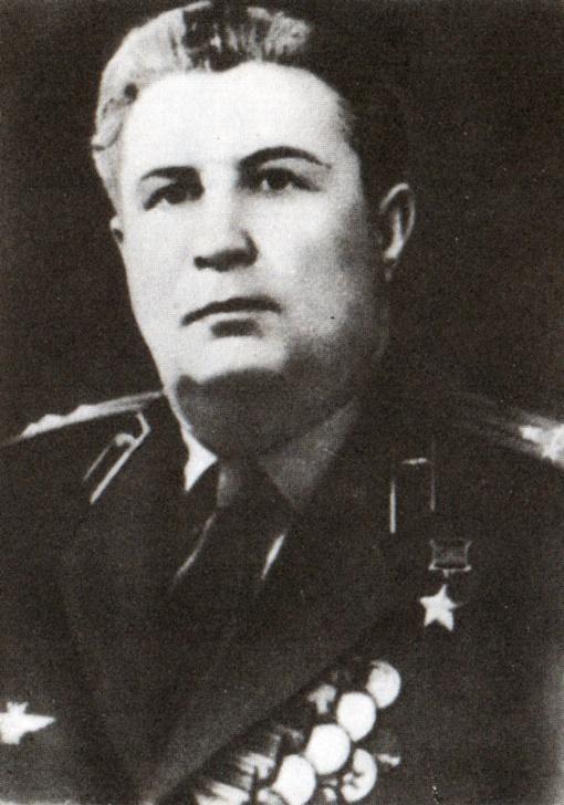 Петр Шавурин.