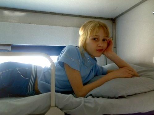 12-летняя Саша Сиротина разбилась в школьном автобусе.