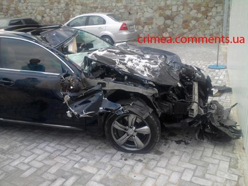 Авто превратилось в груду металла. Фото: Комментарии