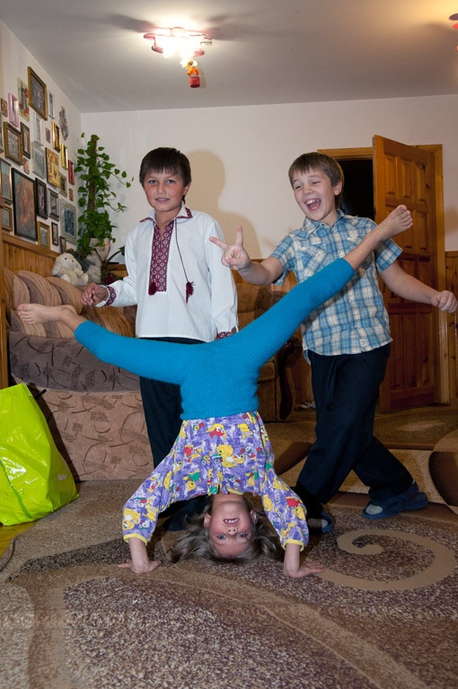 Веселье и акробатика в этом доме - обычное явление.