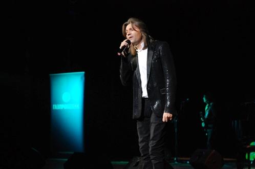 На концерте Дмитрий Маликов спел свои популярные хиты и новые инструментальные композиции. Фото: Андрей ПОПОВ.