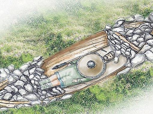 Воин был похоронен богато - в ладье и при полном вооружении. К сожалению, от тела остался только зуб.