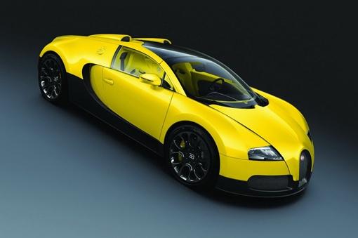 ... Ярко-желтый с черными юбками из углеродного волокна