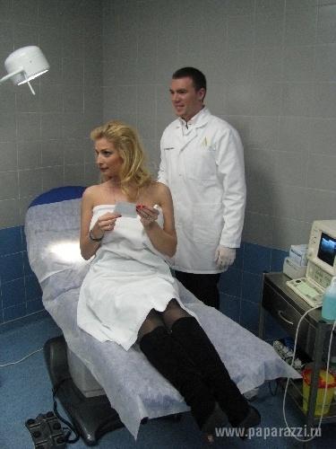 Таня пришла в хирургию. Фото: paparazzi.ru