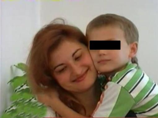 Последние три года Анна живет как на пороховой бочке - в любой момент у нее могут отобрать сына Роберто.