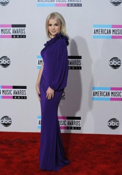 Украинка на American Music Awards повидалась с Рианной и другими звездами. Фото с сайта ТСН