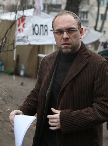 Защитник экс-премьера Сергей Власенко сомневается, что результаты анализов не сфальсифицированы. Фото УНИАН.