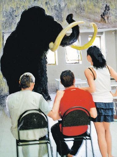 Для музея изготовлен мамонт в натуральную величину и покрыт шерстью яка.