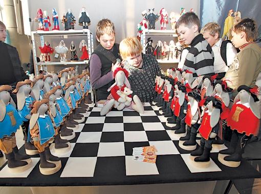Шахматные мушкетеры против гвардейцев кардинала: кто кого?