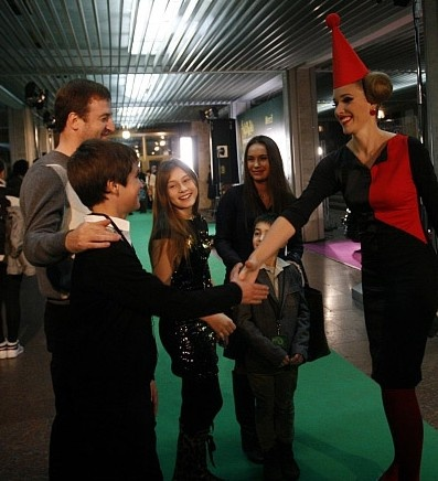 Семья Ющенко посмеялась над Катей Осадчей в наряде клоуна. Фото: ТаблоID