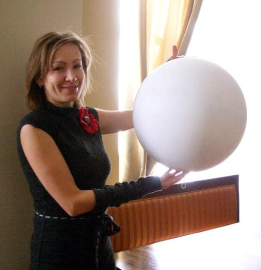 Художница Александра Новацкая будет декорировать модное украшение