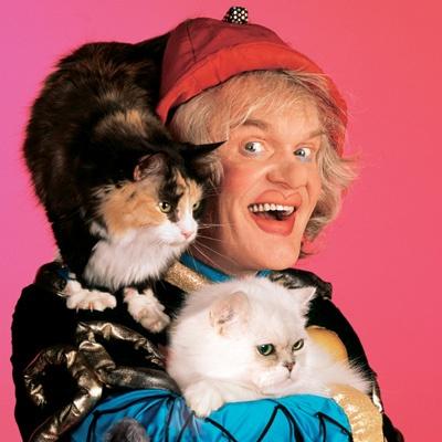 Юрий Куклачев - единственный, кто знает секрет дрессировки кошек.