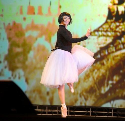 На сцене Анастасия удивляла зрителей не только танцем, но и сменой имиджа.  Фото: Евгения ГУСЕВА