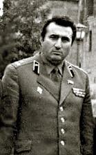 Полковник Вилен Мартиросян. Фото начала девяностых.