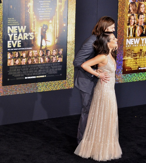 Актриса очарована своим партнером по съемкам. Фото: Splash/All Over Press