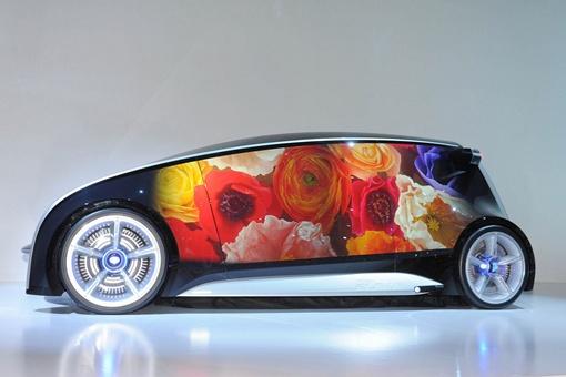 Кузов авто и интерьер могут использоваться в качестве гигантского дисплея, меняющего цвет и содержимое изображения