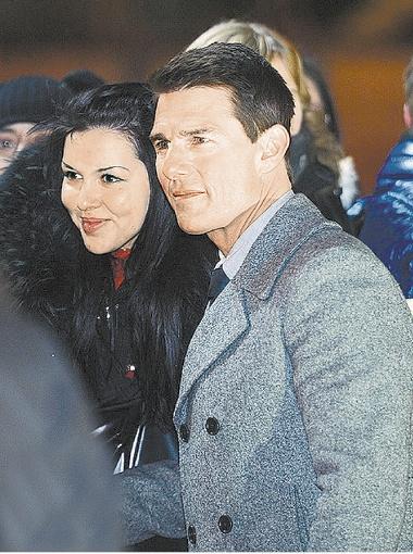 В Москве Том Круз целых полчаса общался с фанатами.