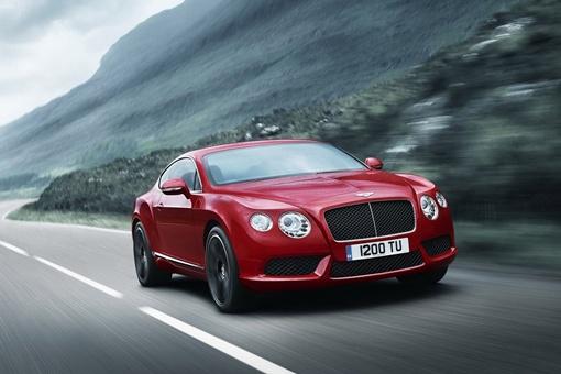 Bentley объявил о выпуске своей новой версии Continental V8 на базе нового 4,0-литрового твин-турбо двигателя. ФОТО: avtomaniya.com