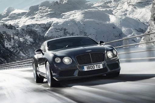 Continental V8 разгоняется от 0 до 100 км/час менее чем за 5,0 секунд. ФОТО: avtomaniya.com