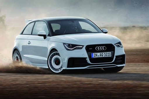 Автомобиль будет доступен только в цвете Glacier White metallic с глянцевым черным покрытием для крыши и некоторых деталей