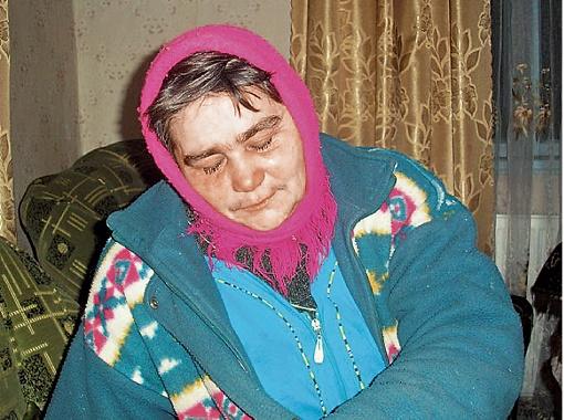Лидия Ивановна об аварии узнала от односельчан. Поверила в то, что ее сын Иван Мельничук выжил, только когда услышала его голос по телефону.