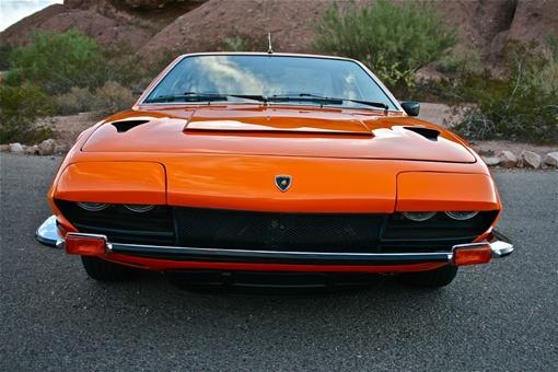 Jarama GTS был представлен в 1973 году и производился до 1976 года.