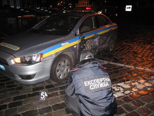 ДТП случилось в самом центре Киева на Европейской площади.
