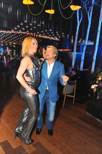 А главное в новогоднюю ночь-танец с любимым! Фото: Евгения ГУСЕВА