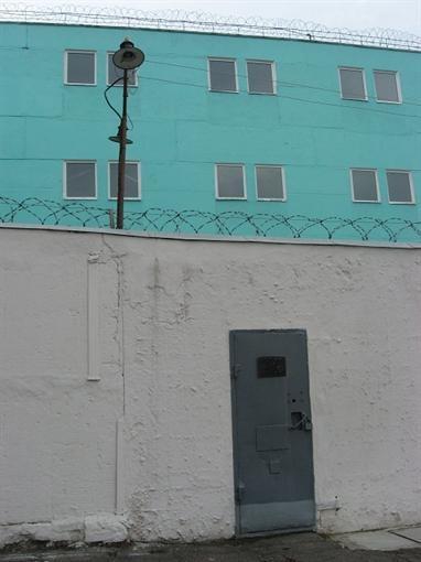 Ворота в колонию.