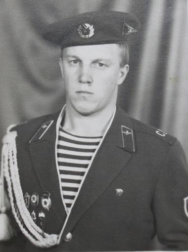 Садовой служил в Афгане. Награжден медалью