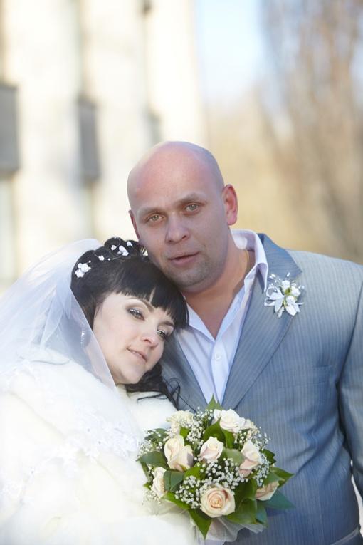 Главный подозреваемый в убийстве 32-х летний дончанин Максим Рудычев собирался отмечать годовщину свадьбы. Фото из архива семьи