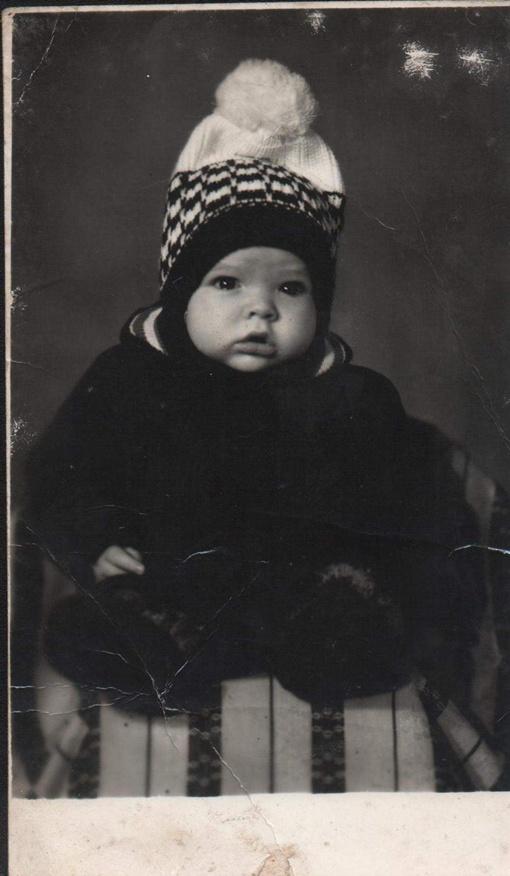 Одна из первых фотографий. Никто еще не подозревает, что этот малыш - обладатель удивительного голоса