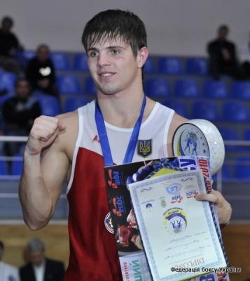 Евгений Хитров стал чемпионом мира по боксу
