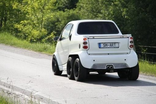 Авто получило двигатель от версии Smart Roadster Brabus мощностью 101 лошадиную силу. ФОТО: avtomaniya.com