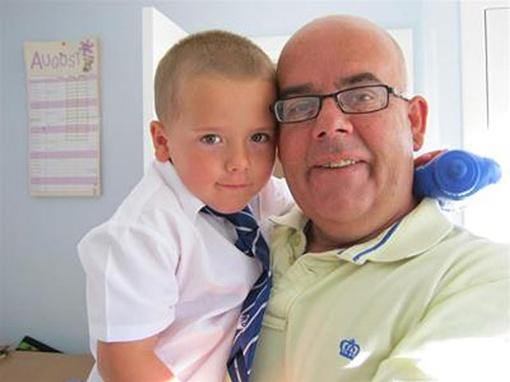 Британские врачи вернули к полноценной жизни мальчика. Фото justgiving.com.